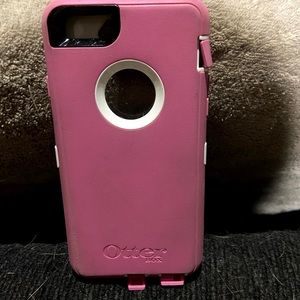2 Otterbox Defender Series for iPhone 6